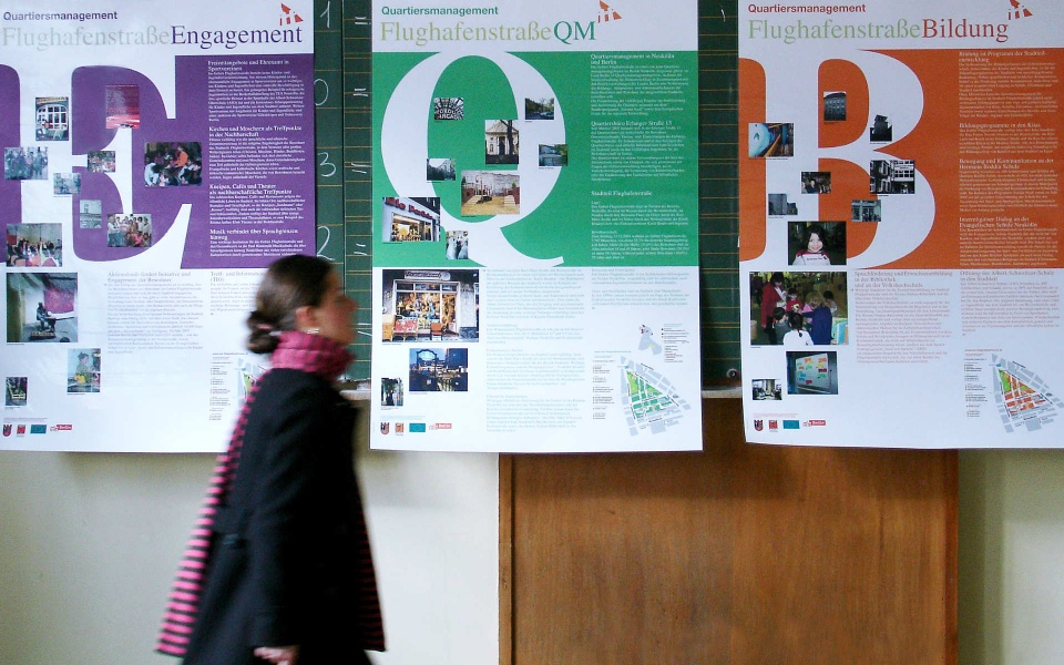 Flughafenstrasse Informationsplakate Ausstellungsplakate