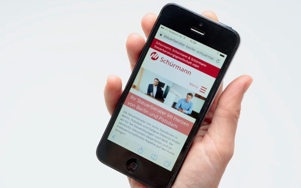 Schuermann Steuerberatung Responsive Design Smartphone Berlin