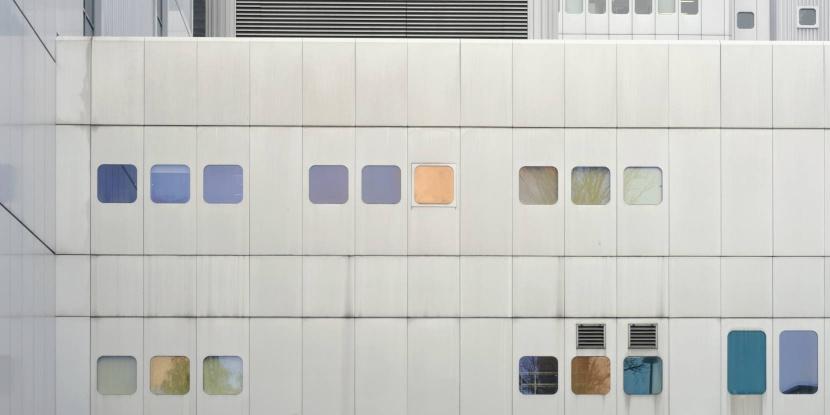 Berlin UV2 Wayfinding Orientierungssystem Fassadengestaltung Beschilderung Leitsystem