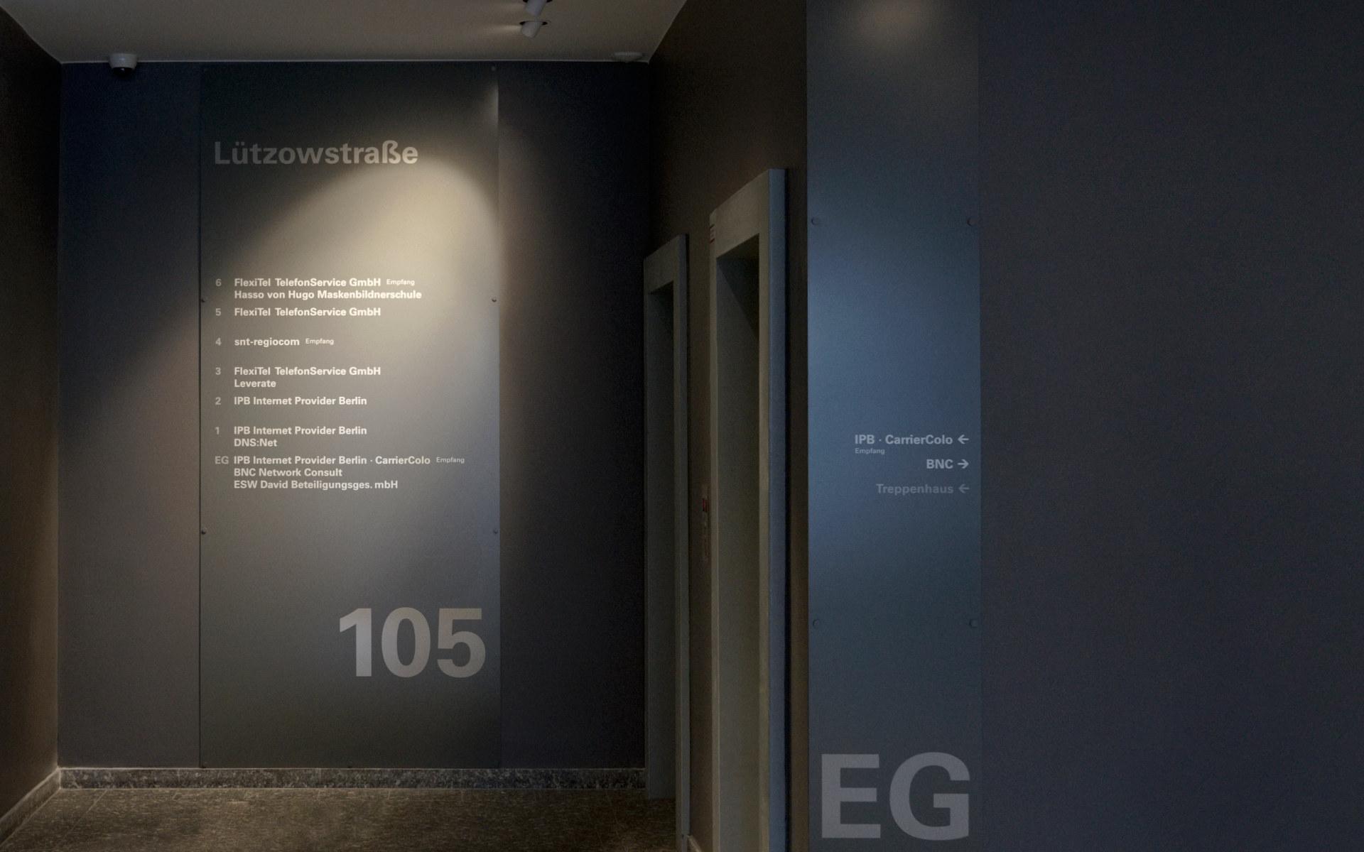 Mieteruebersichten Buerohausbeschilderung Schilder Leitsystem Design Berlin I