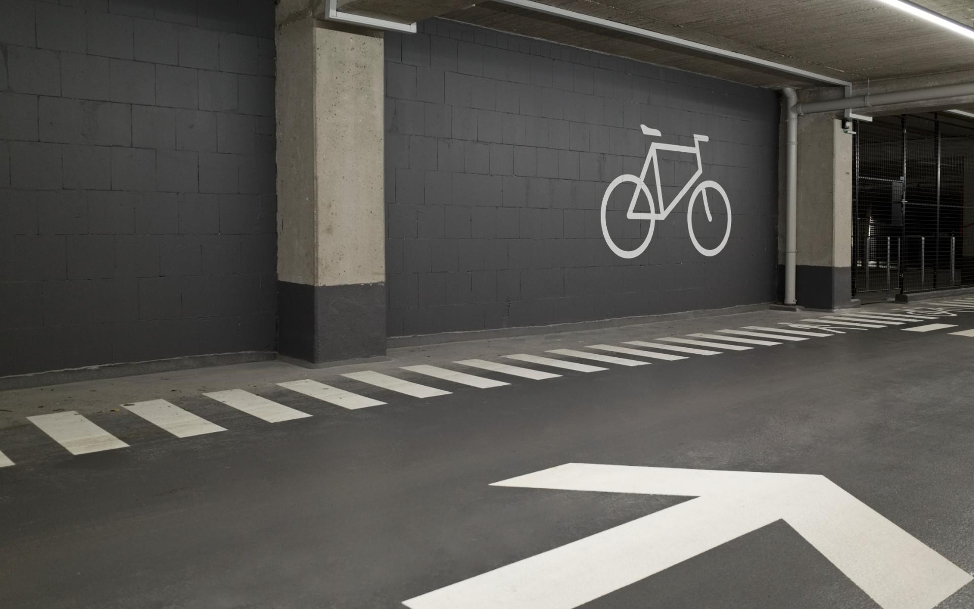 Parkgarage Beschriftung Buerohaus Beschilderung Leitsystem Design Berlin