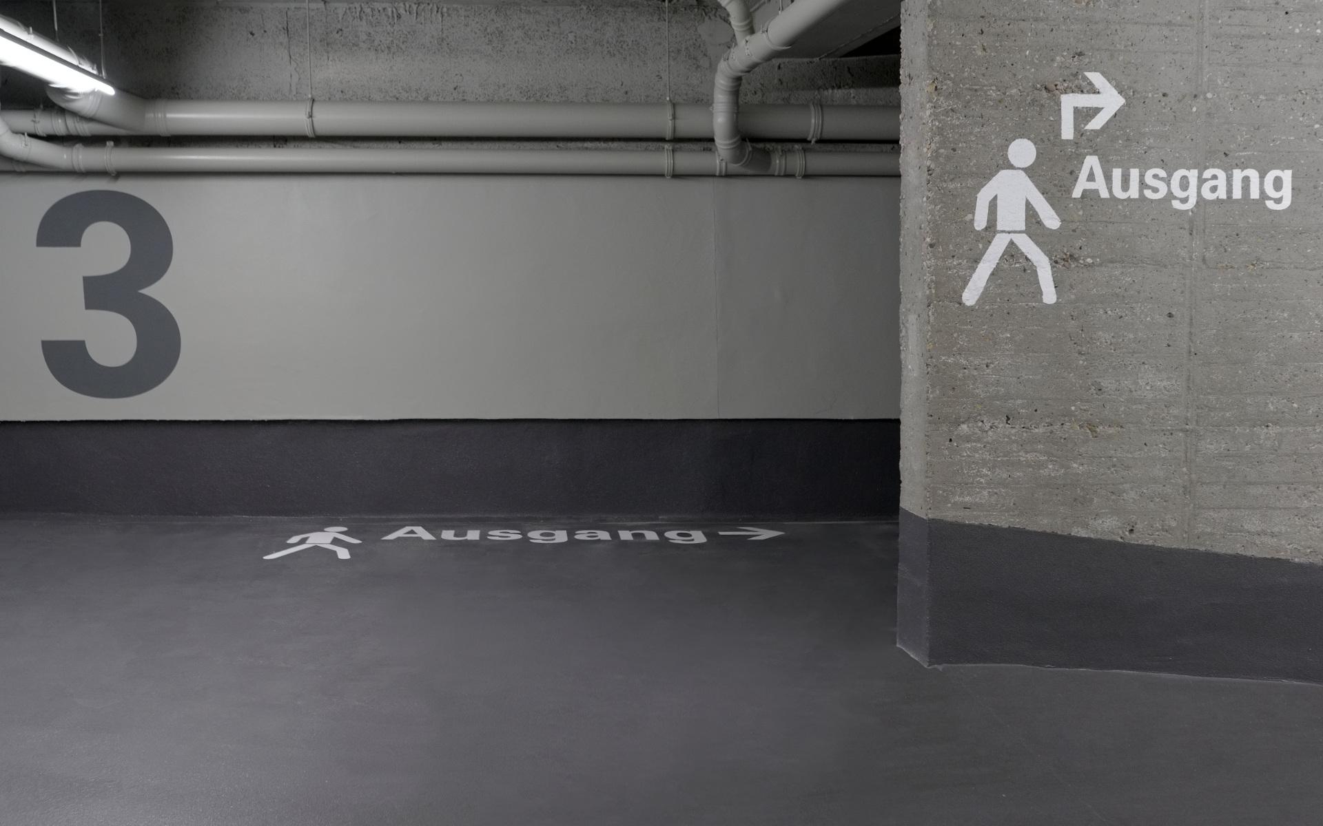 Parkhausorientierung Beschilderung Leitsystem Wandbeschriftung Design Berlin